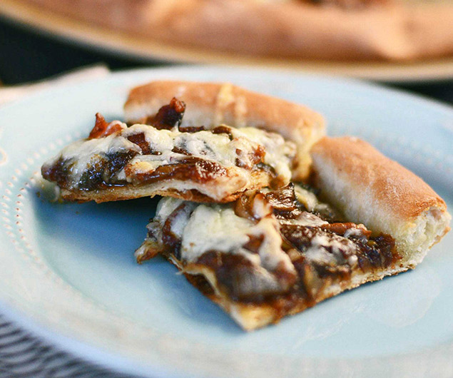 Apple Butter Bacon Pizza