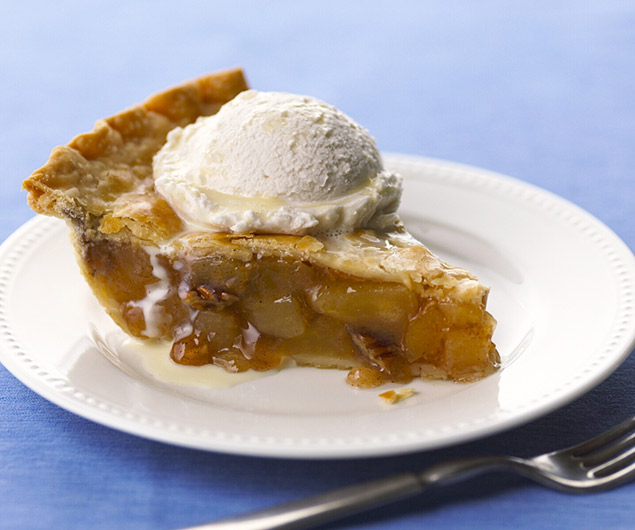 Laura's Blue Ribbon Caramel Apple Pie